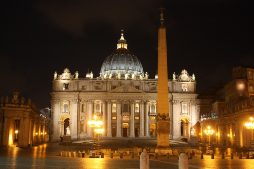 st-peters-basilica-night