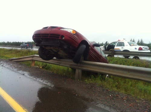 CAUSE: Hydroplaning. EFFECT: Wreck. No Accident!